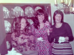1971 - Bridal shower ...Sue Cole, Karen Siddall & Kathy Kuykendall...